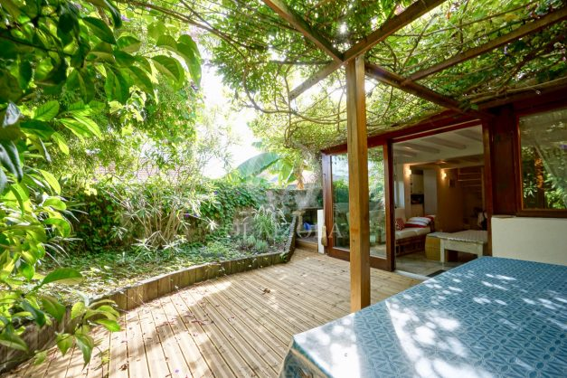 location-vacances-biarritz-appartement-calme-terrasse-sans-vis-a-vis-plein-sud-proche-de-la-plage-001