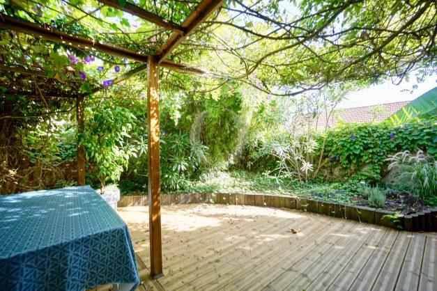 location-vacances-biarritz-appartement-calme-terrasse-sans-vis-a-vis-plein-sud-proche-de-la-plage-003