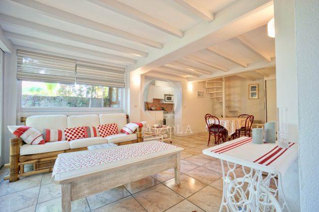 location-vacances-biarritz-appartement-calme-terrasse-sans-vis-a-vis-plein-sud-proche-de-la-plage-006