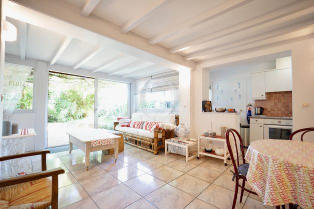 location-vacances-biarritz-appartement-calme-terrasse-sans-vis-a-vis-plein-sud-proche-de-la-plage-008