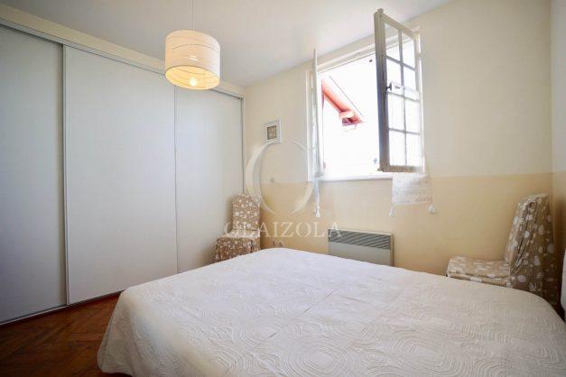 location-vacances-biarritz-appartement-calme-terrasse-sans-vis-a-vis-plein-sud-proche-de-la-plage-016