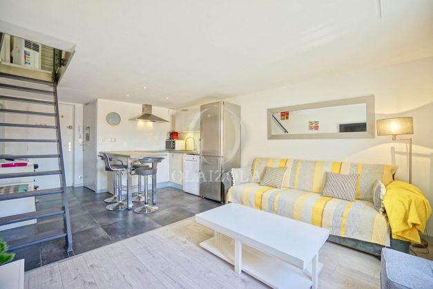 location-vacances-biarritz-appartement-centre-ville-plages-a-pied-duplex-2020-002