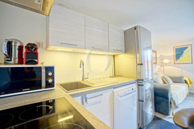 location-vacances-biarritz-appartement-centre-ville-plages-a-pied-duplex-2020-009