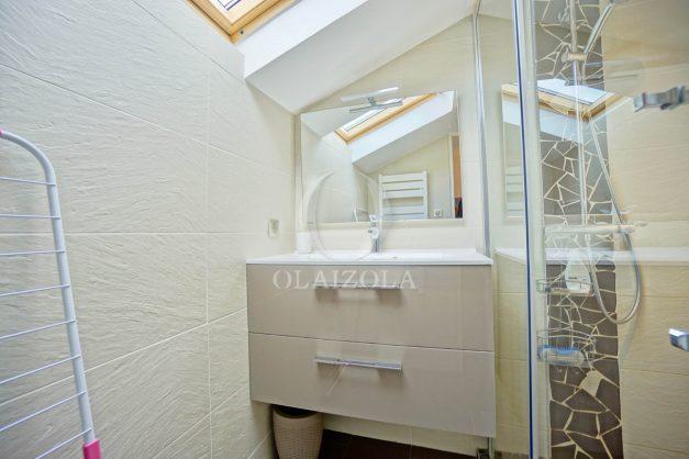 location-vacances-biarritz-appartement-centre-ville-plages-a-pied-duplex-2020-015