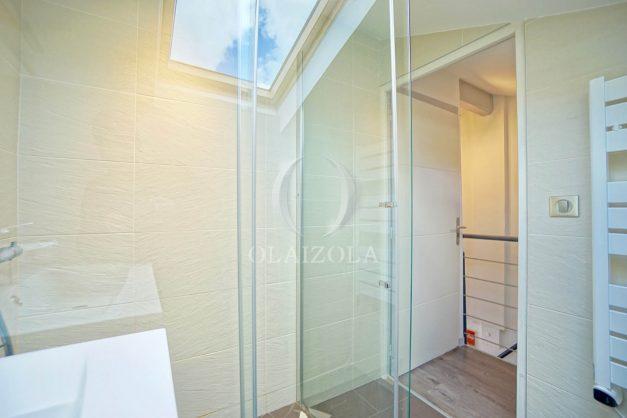 location-vacances-biarritz-appartement-centre-ville-plages-a-pied-duplex-2020-016