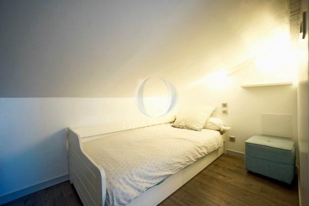 location-vacances-biarritz-appartement-centre-ville-plages-a-pied-duplex-2020-017
