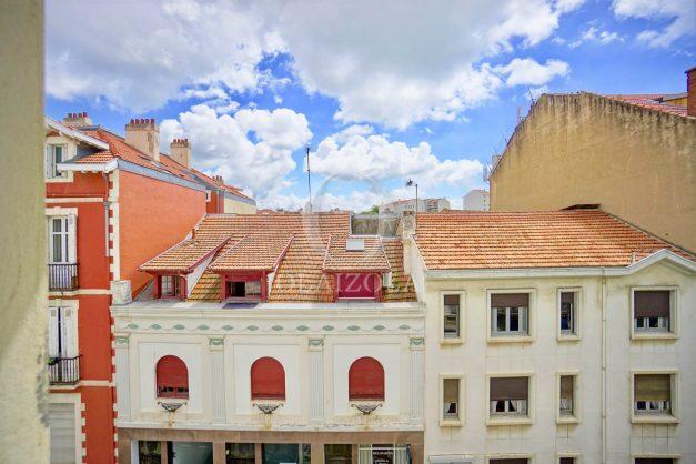 location-vacances-biarritz-appartement-centre-ville-plages-a-pied-duplex-2020-020