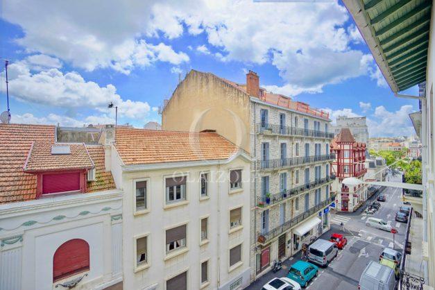 location-vacances-biarritz-appartement-centre-ville-plages-a-pied-duplex-2020-021
