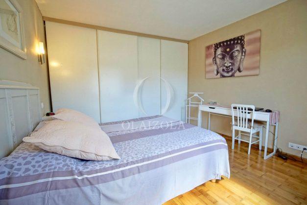 location-vacances-bidart-T2-terrasse-jardin-plages-a-pied-ensoleillee-012