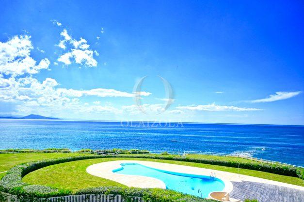 location-vacance-biarritz-appartement-t2-pieds-dans-l-eau-plage-a-pied-piscine-marbella-tennis-001