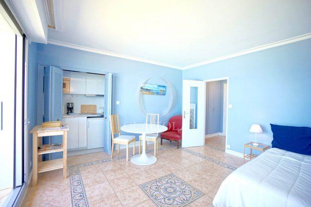 location-vacance-biarritz-appartement-t2-pieds-dans-l-eau-plage-a-pied-piscine-marbella-tennis-012