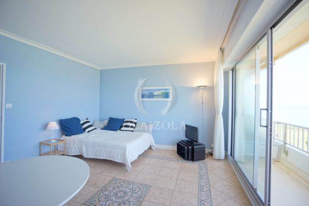 location-vacance-biarritz-appartement-t2-pieds-dans-l-eau-plage-a-pied-piscine-marbella-tennis-013