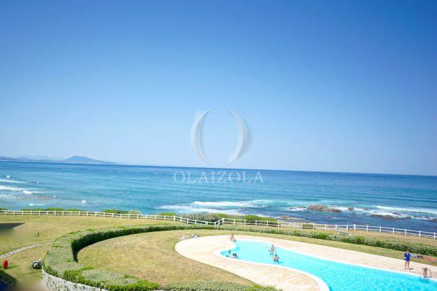 location-vacance-biarritz-appartement-t2-pieds-dans-l-eau-plage-a-pied-piscine-marbella-tennis-014