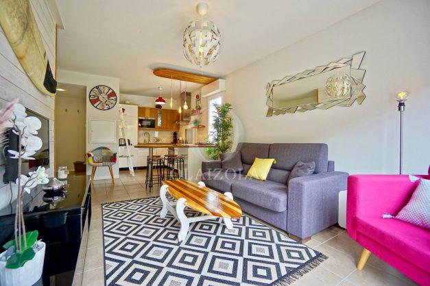 location-vacances-saint-jean-de-luz-acotz-lafitenia-plage-vague-terrasse-parking-plein-sud-2021-010