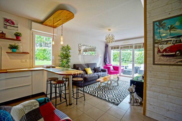 location-vacances-saint-jean-de-luz-acotz-lafitenia-plage-vague-terrasse-parking-plein-sud-2021-015
