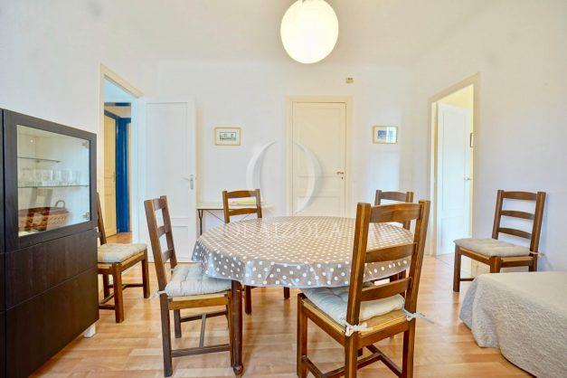 location-vacances-biarritz-appartement-2-chambres-quartier-saint-charles-plage-centre-ville-ideal-groupe-d-amis-commerce-007