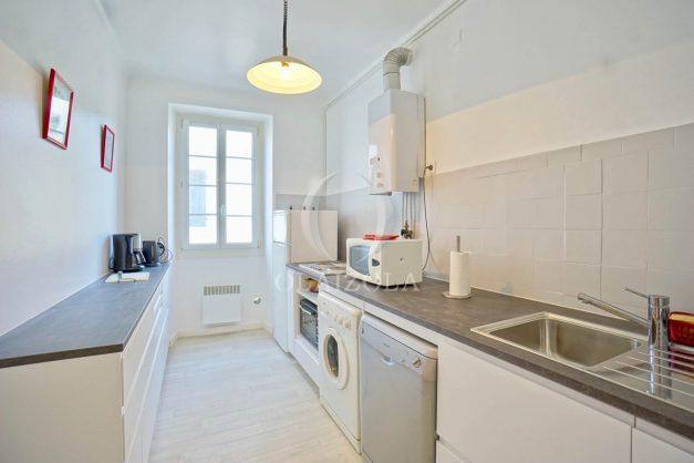 location-vacances-biarritz-appartement-2-chambres-quartier-saint-charles-plage-centre-ville-ideal-groupe-d-amis-commerce-010