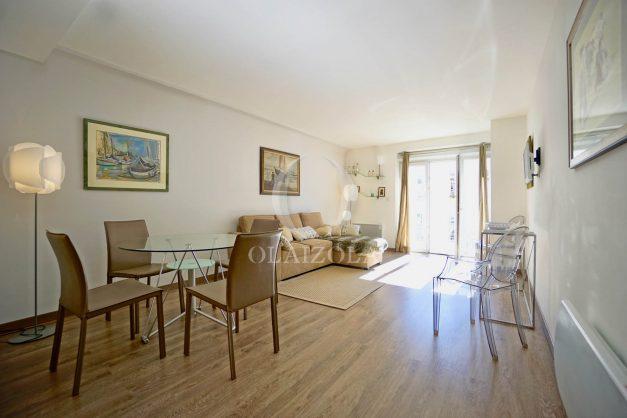 location-vacances-biarritz-place-clemenceau-bord-de-mer-biarritz-location-vacances-biarritz-appartement-neuf-balcon-parking-indigo-plage-a-pied-009