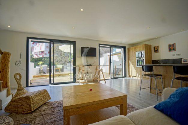 location-vacances-biarritz-appartement-duplex-terrasse-sud-proche-village-plage-calme-ensoleillee-011