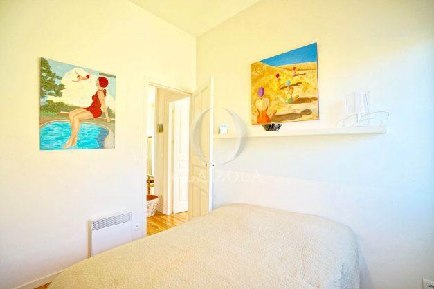 location-vacances-biarritz-appartement-standing-centre-ville-plages-balcons-parking-vue-mer-cyrano-palais-palace-miramar-plage-a-pied-019
