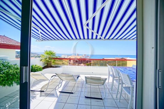 location-vacances-biarritz-vue-mer-appartement-maison-duplex-terrasse-plein-sud-ensoleillee-garage-001