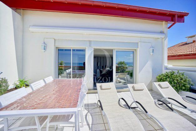 location-vacances-biarritz-vue-mer-appartement-maison-duplex-terrasse-plein-sud-ensoleillee-garage-006