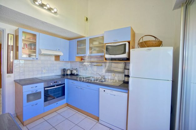 location-vacances-biarritz-vue-mer-appartement-maison-duplex-terrasse-plein-sud-ensoleillee-garage-016