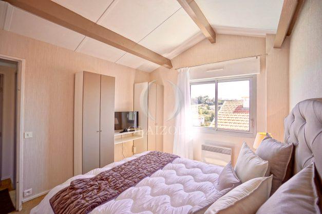 location-vacances-biarritz-vue-mer-appartement-maison-duplex-terrasse-plein-sud-ensoleillee-garage-028