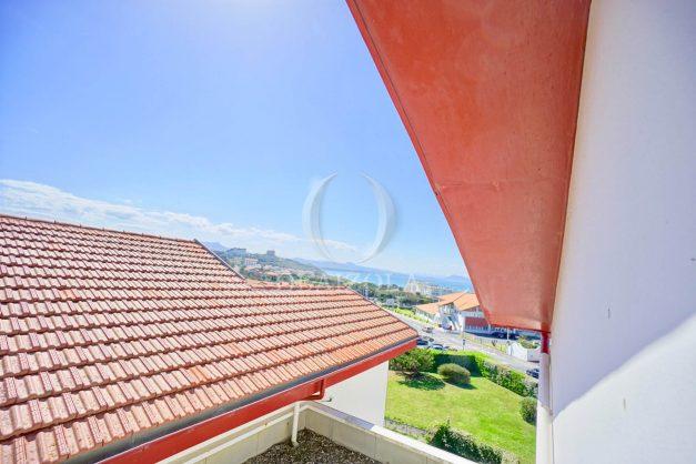 location-vacances-biarritz-vue-mer-appartement-maison-duplex-terrasse-plein-sud-ensoleillee-garage-029