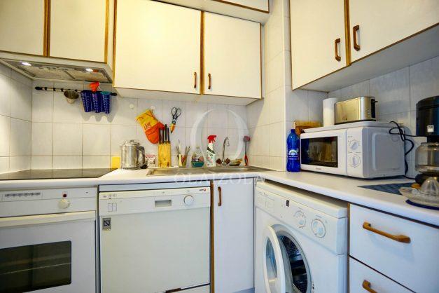 location-vacances-biarritz-appartement-3pieces-centre-ville-balcon-parking-tout-a-pied-2eme-ascenseur-010