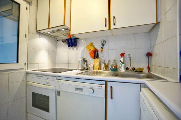 location-vacances-biarritz-appartement-3pieces-centre-ville-balcon-parking-tout-a-pied-2eme-ascenseur-011