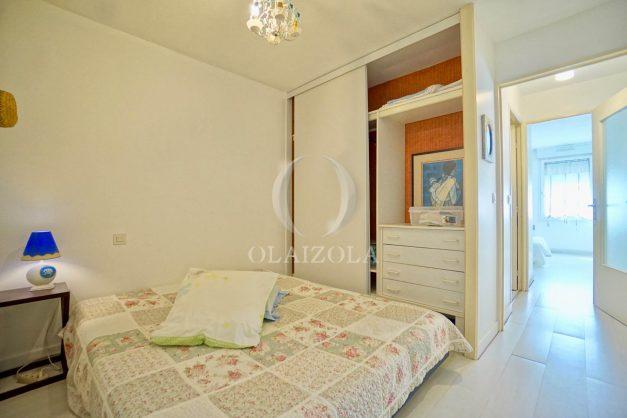 location-vacances-biarritz-appartement-3pieces-centre-ville-balcon-parking-tout-a-pied-2eme-ascenseur-017