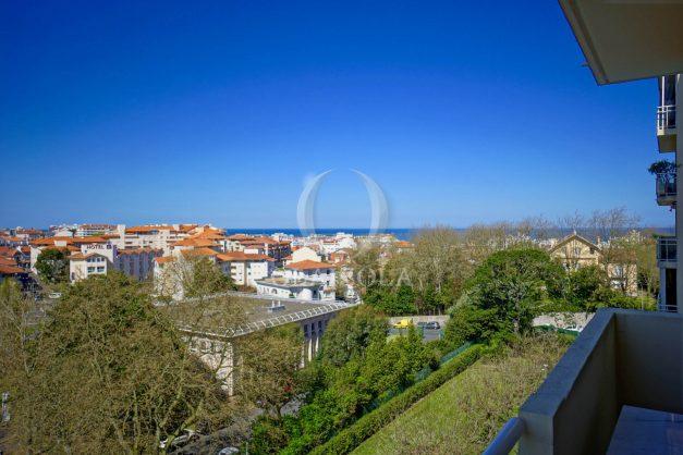 location-vacances-biarritz-appartement-vu-mer-haut-de-biarritz-parking-balcon-centre-ville-calme-003