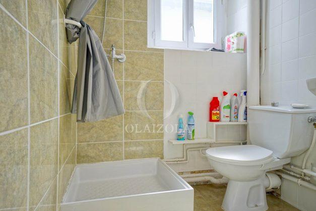 location-vacances-biarritz-studio-centre-ville-pas-cher-proche-halles-plage-et-commerce-a-pied-007