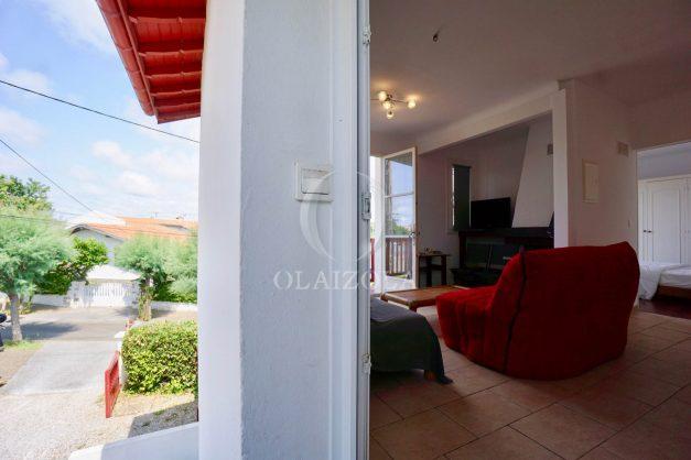 location-vacances-bidart-appartement-roserai-3pieces-balcon-parking-proche-plage-006