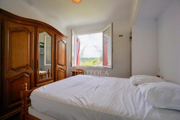 location-vacances-bidart-appartement-roserai-3pieces-balcon-parking-proche-plage-021