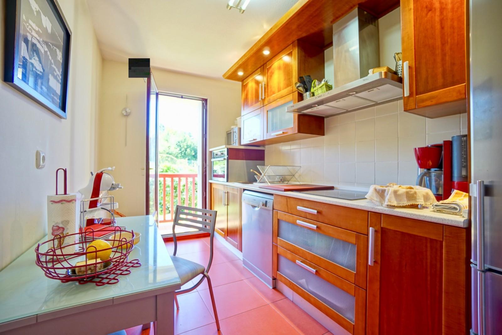 #BC4408 LE CALME À LA CHAMBRE D'AMOUR Agence OLAIZOLA Location  2893 plage de la petite chambre d'amour anglet 1600x1067 px @ aertt.com
