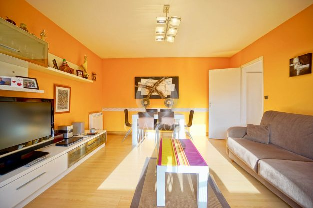 location-vacances-anglet-appartement-en-residence-chambre-d-amour-jardin-terrasse-rez-de-chausee-proche-plage-a-pied-vue-mer-2020-011