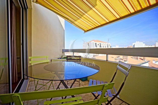 location-vacances-biarritz-appartement-coeur-de-ville-parking-terrasse-plage-a-pied-verdun-ensoleillee-vue-magnifique-002