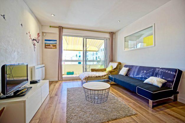 location-vacances-biarritz-appartement-coeur-de-ville-parking-terrasse-plage-a-pied-verdun-ensoleillee-vue-magnifique-006