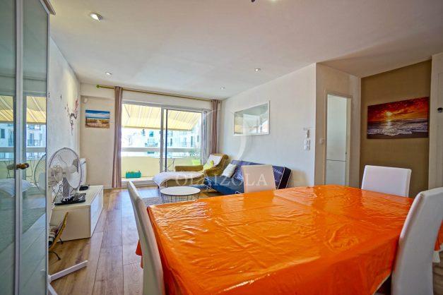 location-vacances-biarritz-appartement-coeur-de-ville-parking-terrasse-plage-a-pied-verdun-ensoleillee-vue-magnifique-008