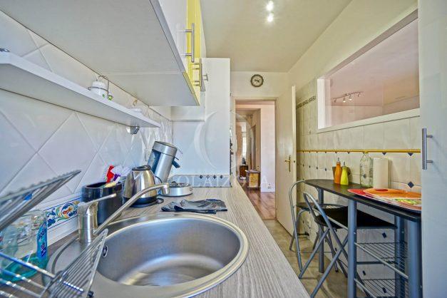 location-vacances-biarritz-appartement-coeur-de-ville-parking-terrasse-plage-a-pied-verdun-ensoleillee-vue-magnifique-011