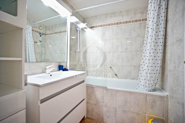 location-vacances-biarritz-appartement-coeur-de-ville-parking-terrasse-plage-a-pied-verdun-ensoleillee-vue-magnifique-015