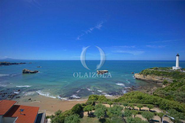 location-vacances-biarritz-appartement-vue-mer-dernier-etage-regina-miramar-parking-003