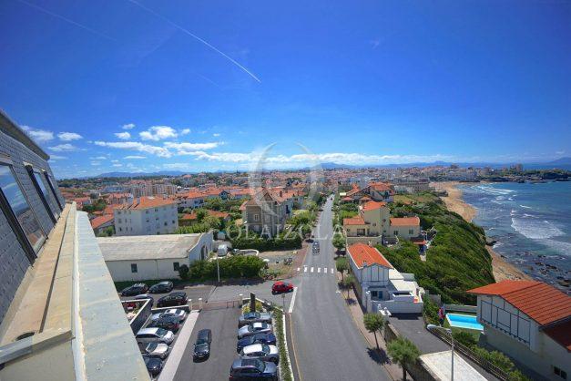 location-vacances-biarritz-appartement-vue-mer-dernier-etage-regina-miramar-parking-007
