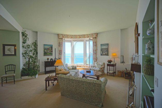 location-vacances-biarritz-appartement-vue-mer-dernier-etage-regina-miramar-parking-009