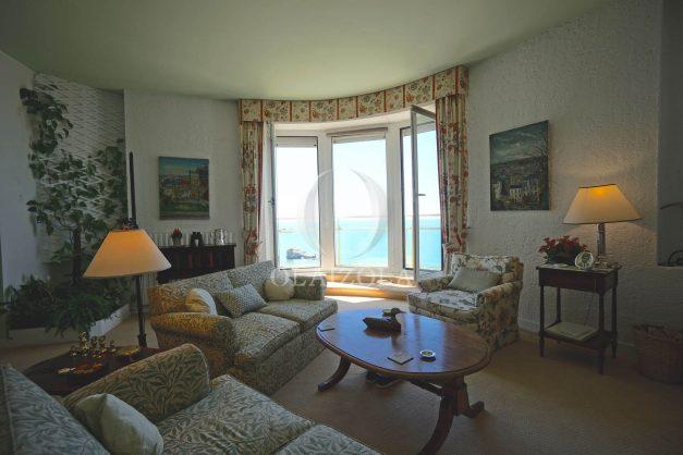 location-vacances-biarritz-appartement-vue-mer-dernier-etage-regina-miramar-parking-010
