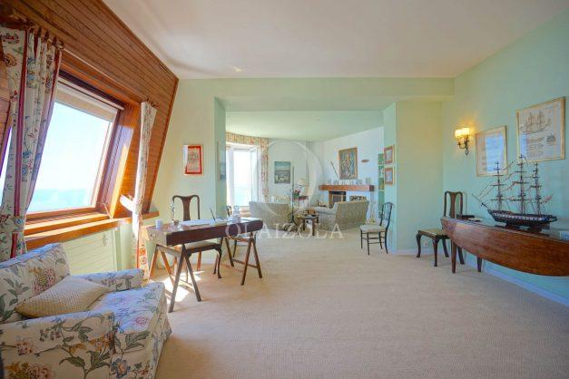 location-vacances-biarritz-appartement-vue-mer-dernier-etage-regina-miramar-parking-013