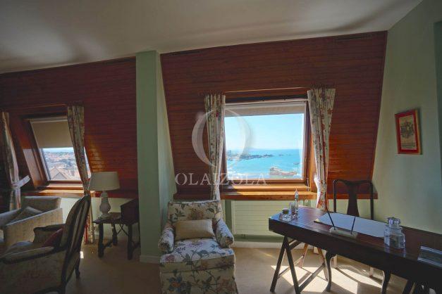 location-vacances-biarritz-appartement-vue-mer-dernier-etage-regina-miramar-parking-014