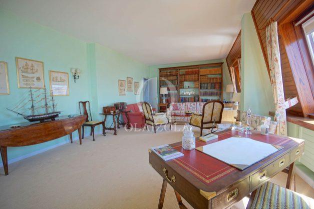 location-vacances-biarritz-appartement-vue-mer-dernier-etage-regina-miramar-parking-016